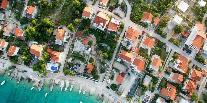 valutazione-immobiliare-principi-di-economia-immobiliare-700x350